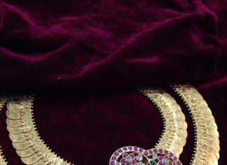 Double layer antique kasumalai with ruby pendant