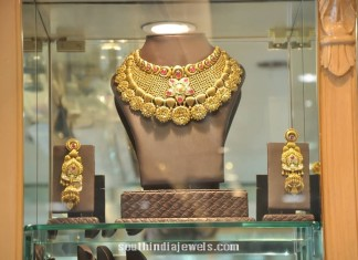 Gold Designer Choker necklace PC Jeweller