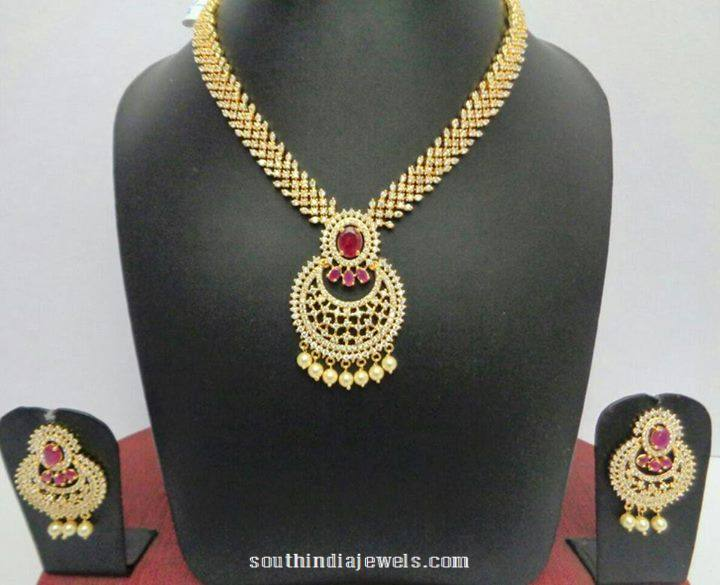 Gold Plated Stone necklace with earrings shine silver