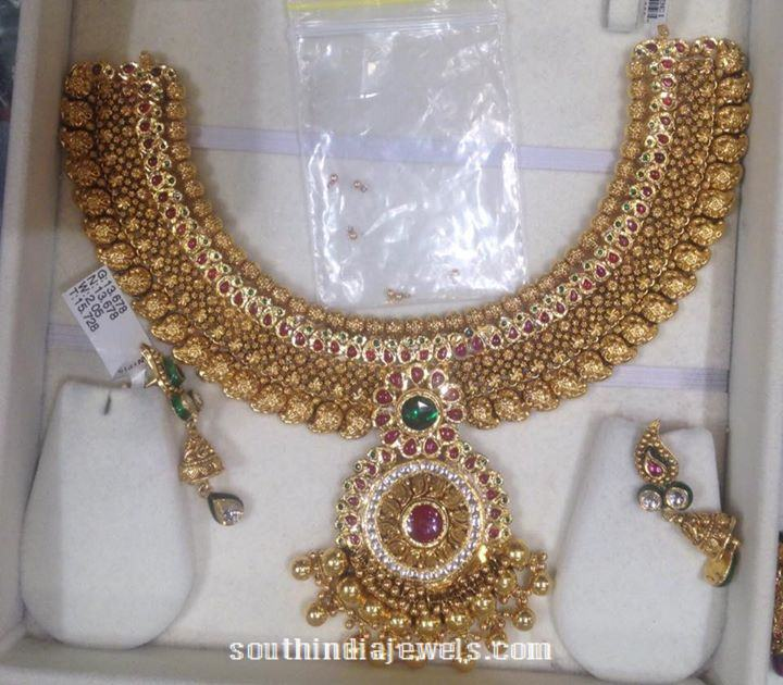 130 Grams Gold Attigai Necklace