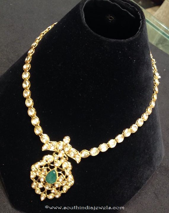 32 Grams Gold Short Polki Necklace Design