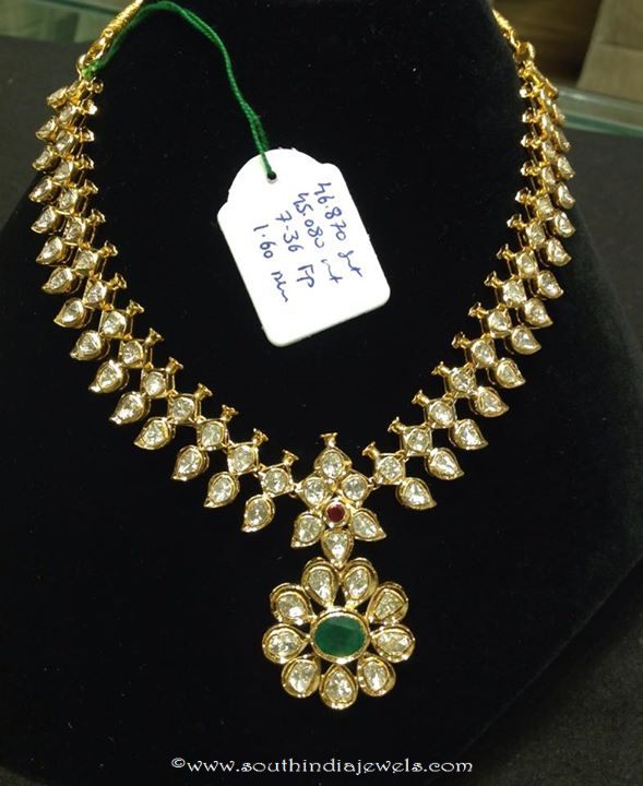 Gold Polki Short Necklace Design