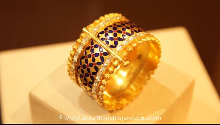 Gold  Adjustable Screw Type Bangle Designs