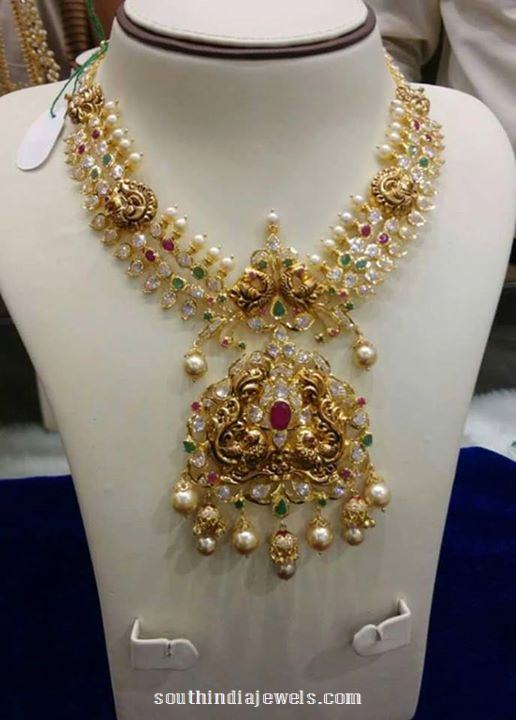 Gold Grand Stone Necklace with Pearls