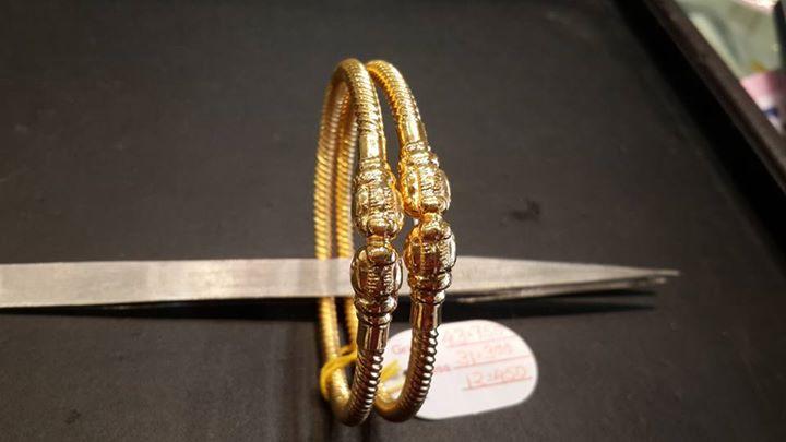Light weight gold kada bangles