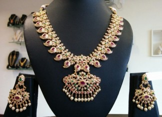 Antique Stone Necklace Set From Dimple Collections