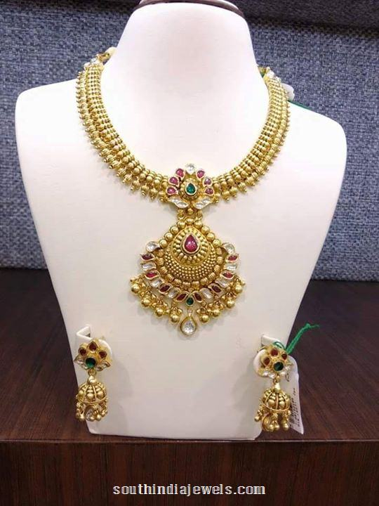 Gold matt finish attigai necklace with jhumka