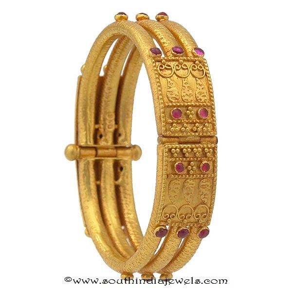 22k gold antique bangles from prince Jewellery