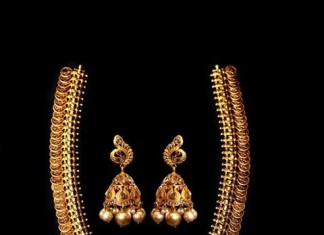 22k gold temple kasumalai necklace from MOR Jewellers