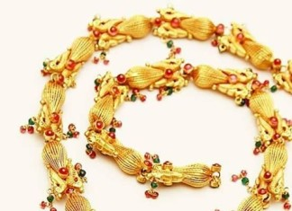 22k Gold temple short necklace design from Mor jewellers