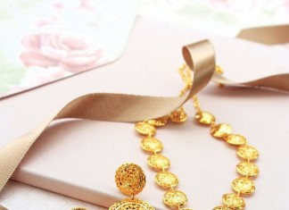 Fashionable Gold Necklace Set from Manubhai Jewellers