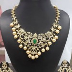 Diamond Like Stone Changeable Imitation Necklace Set