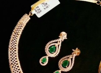 Gold Necklace with Emeralds From Swaastik gems and Jewellers