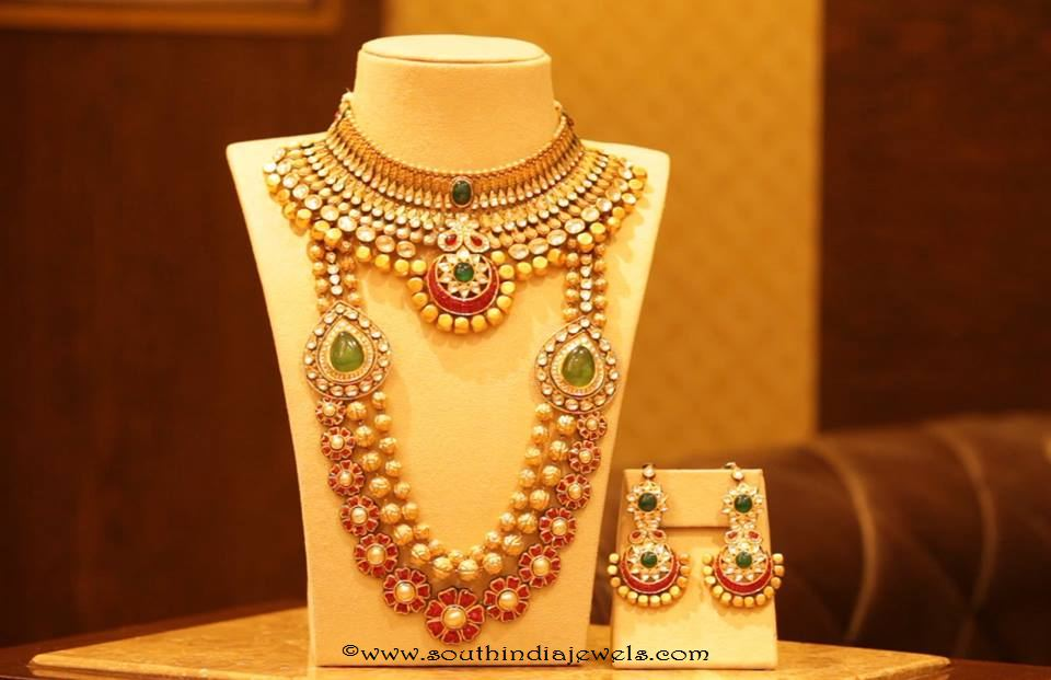 Gold Bridal Jewellery set from Manubhai Jewellers