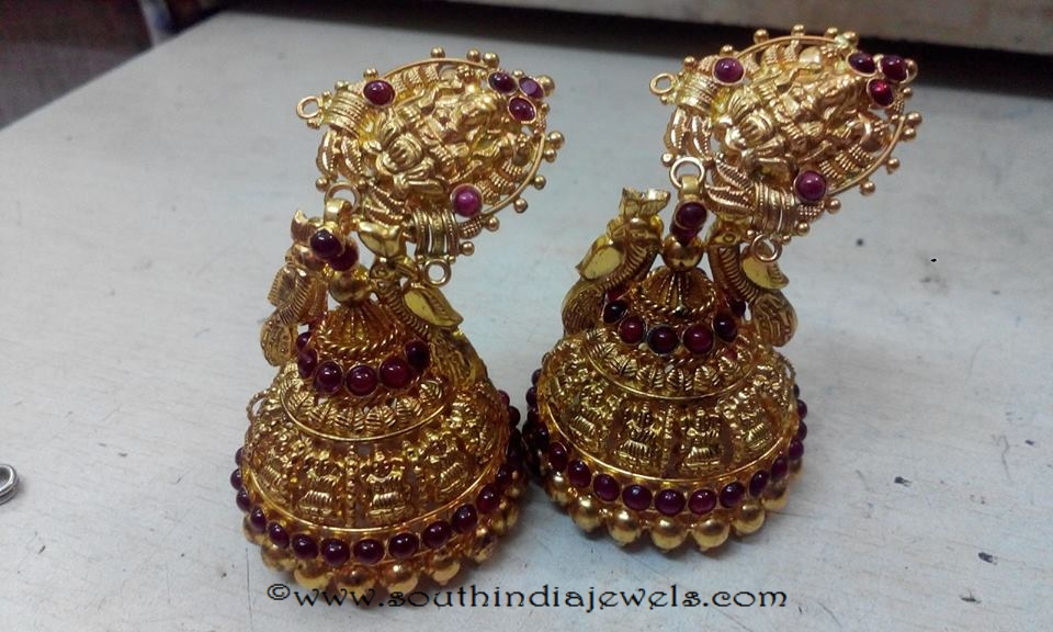 22k gold temple jhumka from GRV Gold