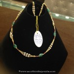 8 Grams Gold Emerald Beaded Chain
