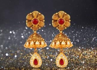 Gold Earrings From Josalukkas