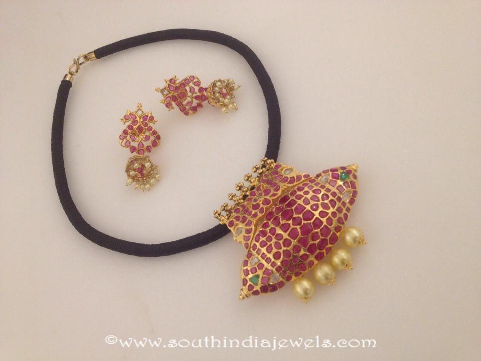 Imitation Ruby Thread Necklace