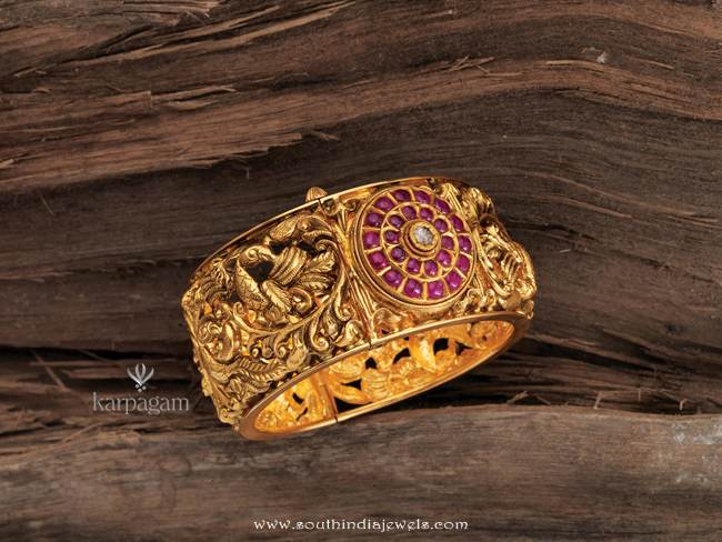 22k gold bangle from karpagam jewellers