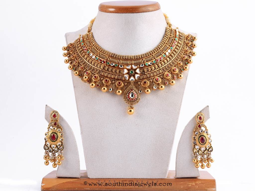 Gold Antique Choker Necklace from Manepally Jewellers