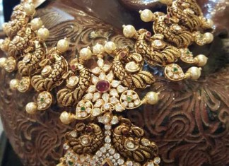Gold Antique Peacock Necklace From Dhanlaxmi Jewellers