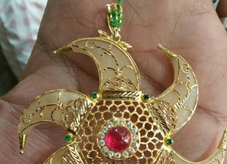 Gold Pendant from Navkar Gold World