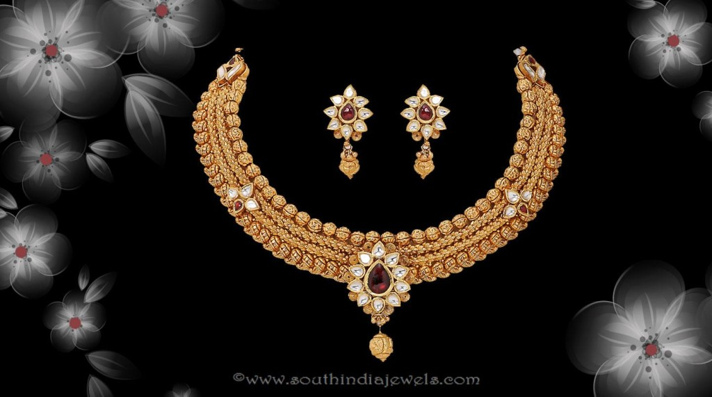 Gold Antique Necklace set from Sri Raja Rani