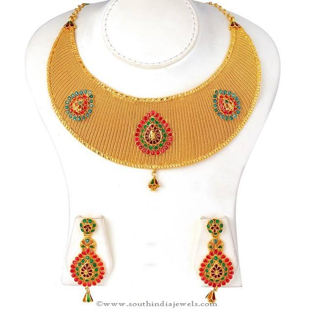 Gold Bridal Necklace Set from Jos Alukkas