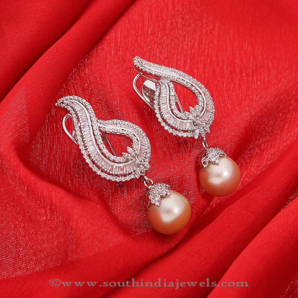 Latest Gold Earrings Designs 2016 from Manubhai
