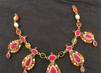 Gold Navarathna Necklace Designs
