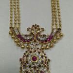 Gold Antique Haar Designs