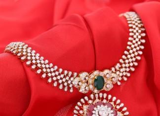 Latest Model Diamond Necklace from Manubhai
