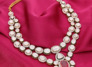 Manubhai Jeweller's Polki Diamond Necklace