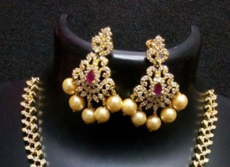 Short Wedding Necklace from RS Designs