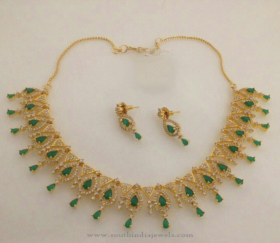india green set for women necklace online in white stone pearl