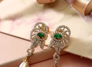 Diamond Sparkly Earrings From Manubhai