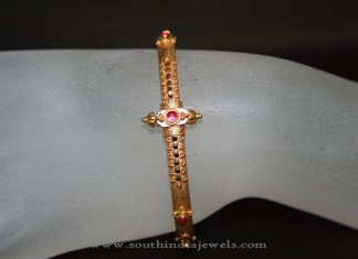 Simple Gold Bracelet Design