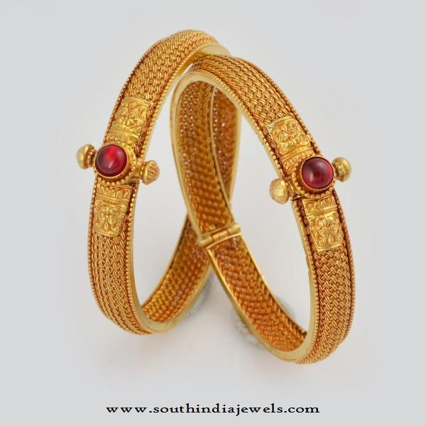 22 Carat Bangle Design from WHPS