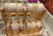 Designer Gold Bangles for Wedding Reception