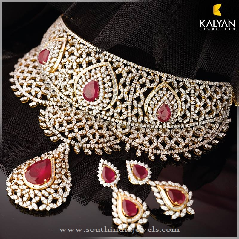 Gold Diamond Necklace Set from Kalyan Jewellers