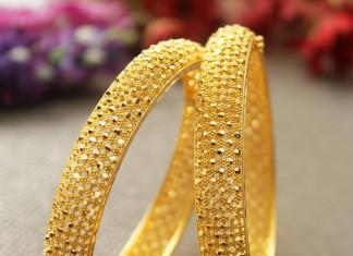 Big Gold Bangles from Manubhai Jewellers