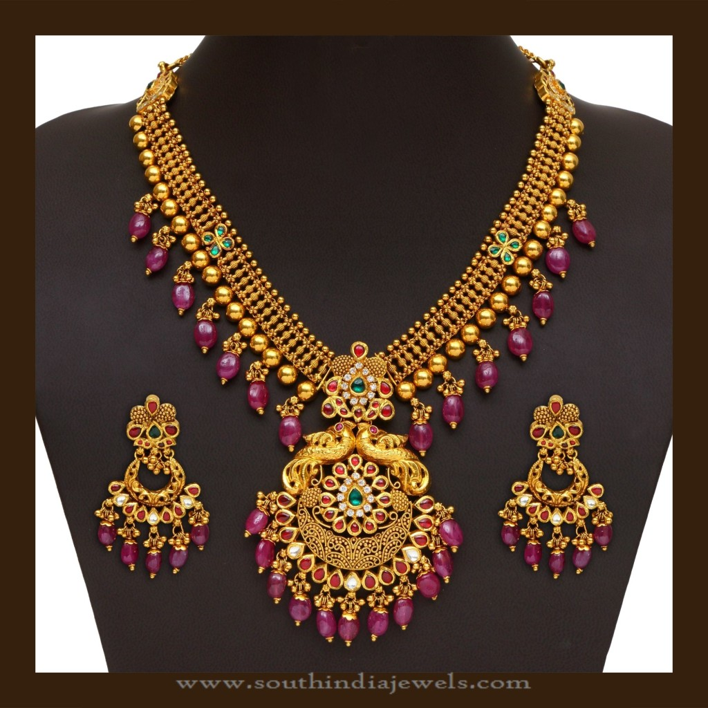 Gold Antique Necklace with Rubies from VBJ