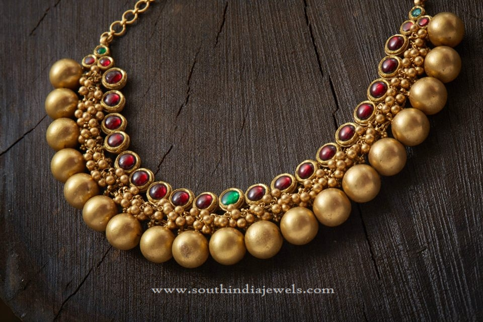 Gold Antique Ball Choker Necklace