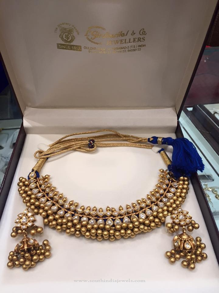 Gold Antique Tussi Necklace Set
