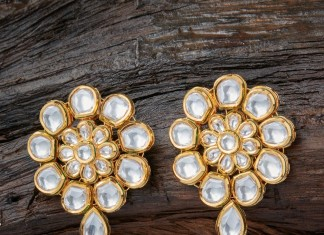 Gold Plated Kundan Ear Studs