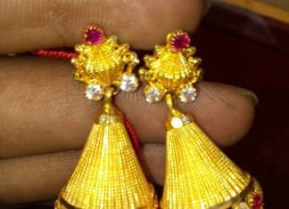 Traditional Gold Jhumka Design