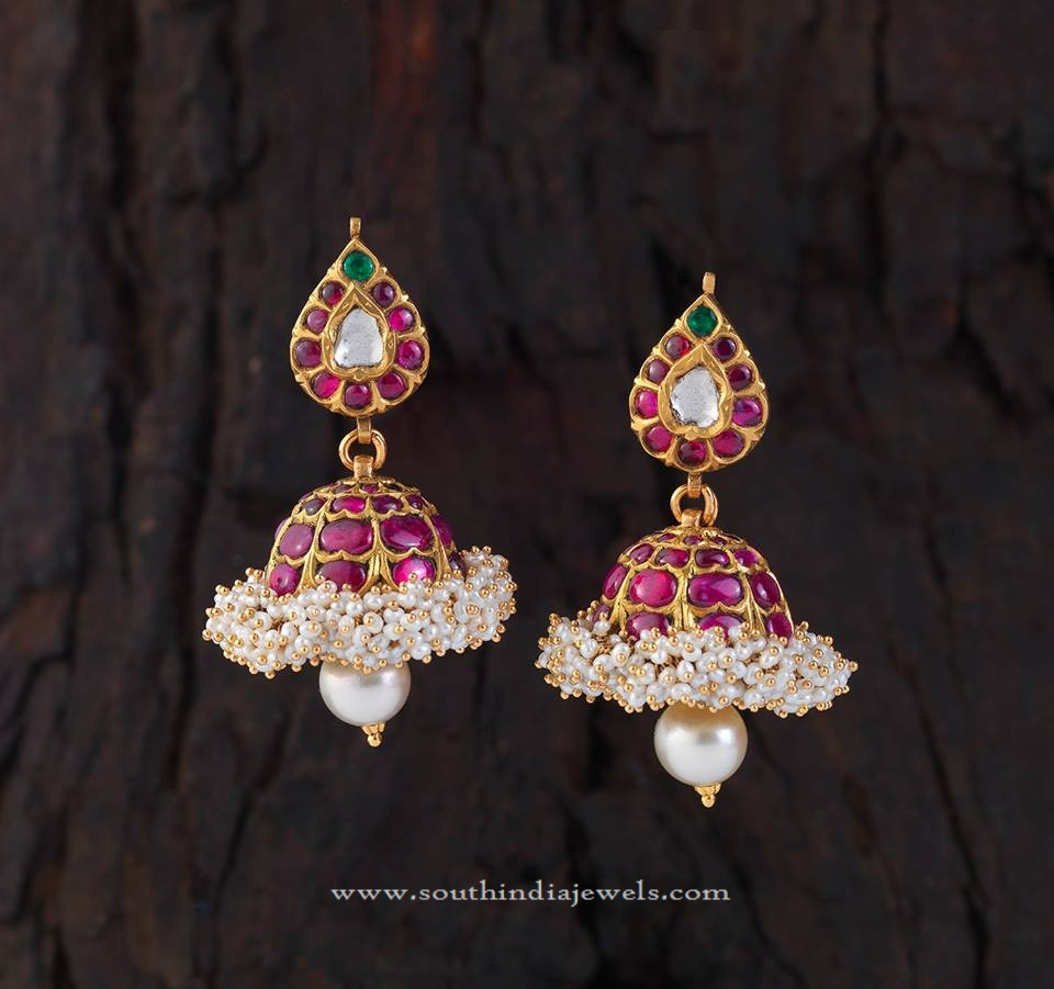 Gold Jhumka Pictures