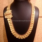 Gold Kasumalai with Side Locket