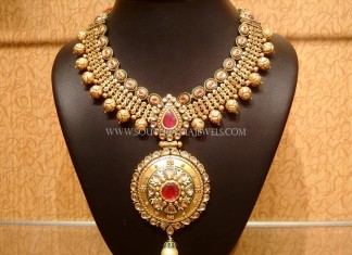 Gold Designer Necklace Model