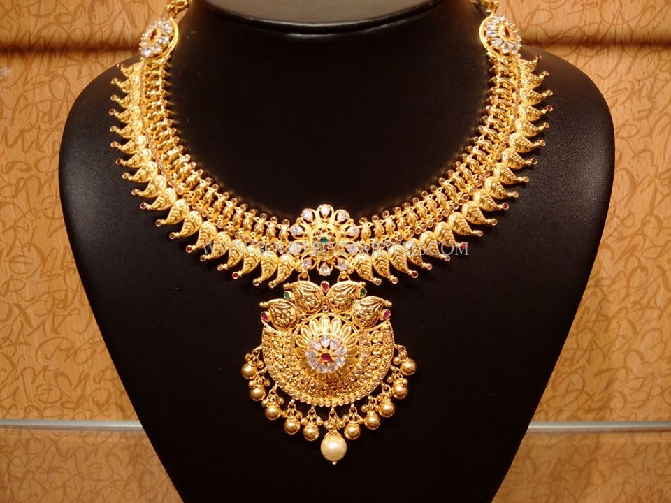 Latest Model Gold Bridal Necklace